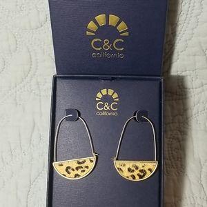 🦋3/$30🦋C&C California Leopard Earrings